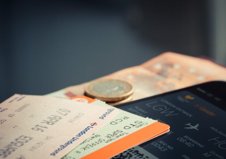 Cara dapat tiket pesawat gratis